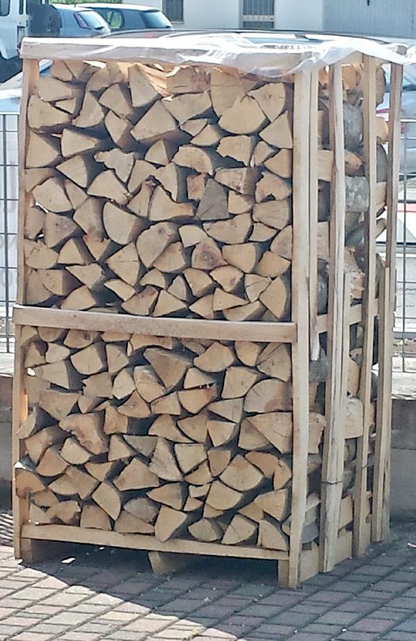 Casa moderna roma italy la migliore legna da ardere for Casa migliore da costruire